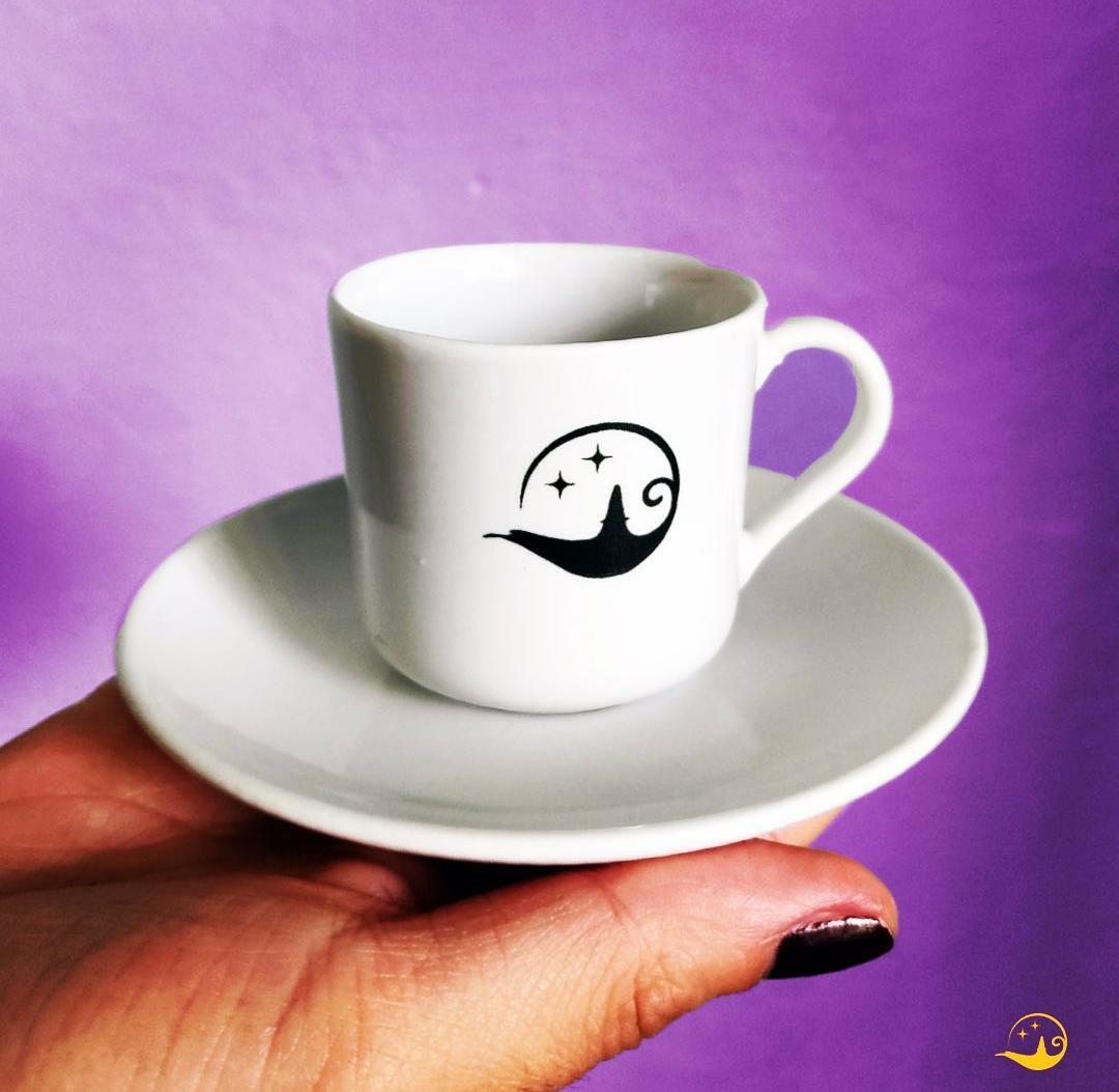 beyaz fincan takımı logo baskılı meşhur falcı faladdin fincanı üretim sonrası bitmiş beyaz kahve takımı beyaz fincan baskısı