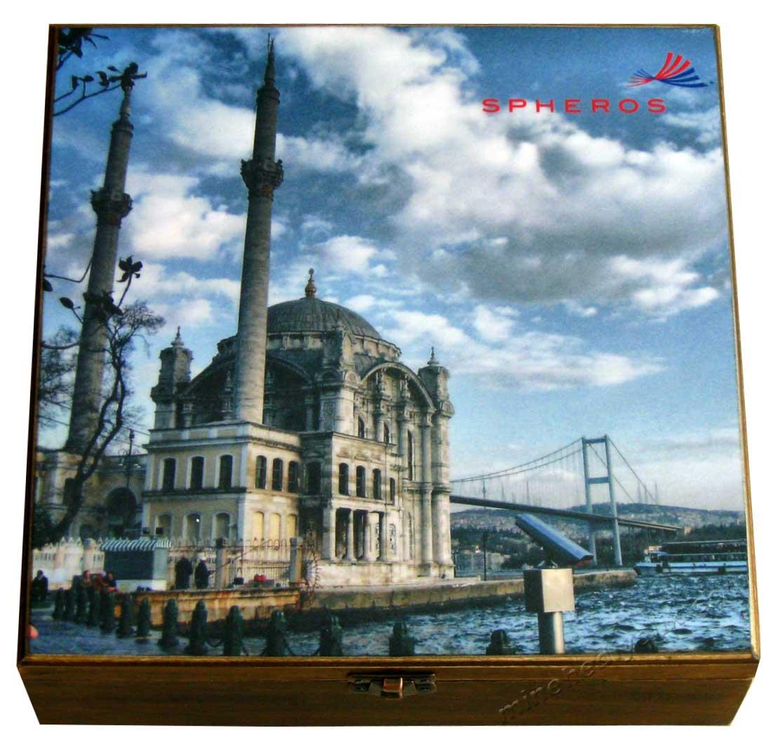 İstanbul Boğaz  Manzaralı Hediyelik Kahve Setleri  Ortaköy Camii ve Boğaziçi Köprüsü  (15 Temmuz Şehitler  Köprüsü) Fincan Kahve Seti Hediye Yabancılar İçin
