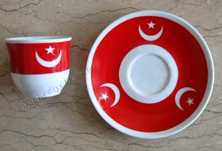Geleneksel Osmanlı Bayrağı Ay Yıldız Motifli Hilal Şeklinde Hediyelik Türk Kahve Fincan Setleri Ottoman ay yıldızlı Fincan takımı Ayyıldız Temalı Hediyelik eşya mağazası