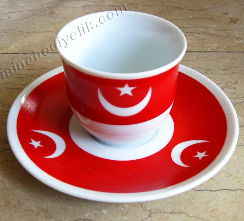 Geleneksel Osmanlı Bayrağı Ay Yıldız Motifli Hilal Şeklinde Hediyelik Türk Kahve Fincan Seti türk bayraklı fincan takımları