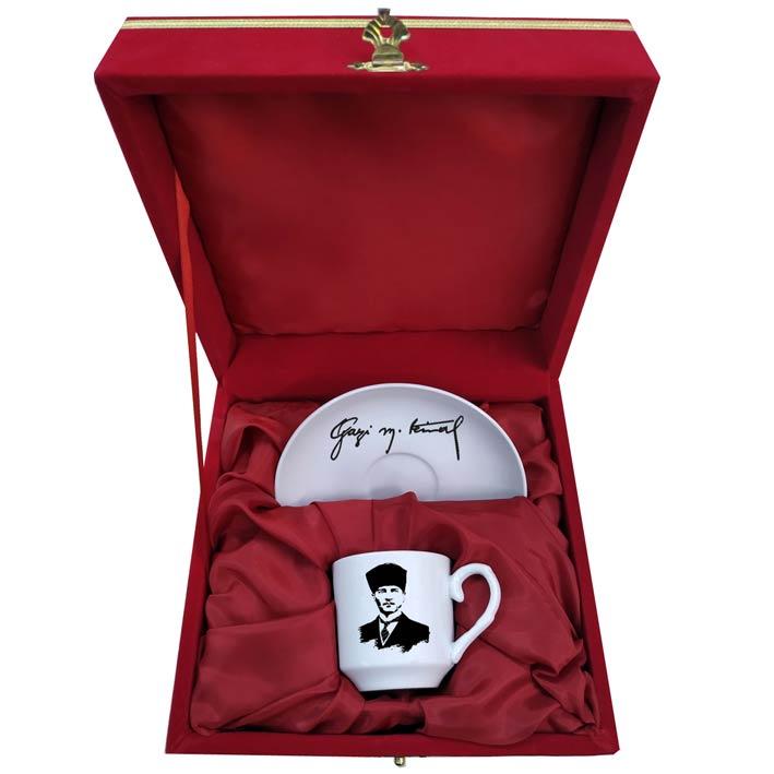 Gazi Mustafa Kemal  İmzalı Kahve Fincanı
