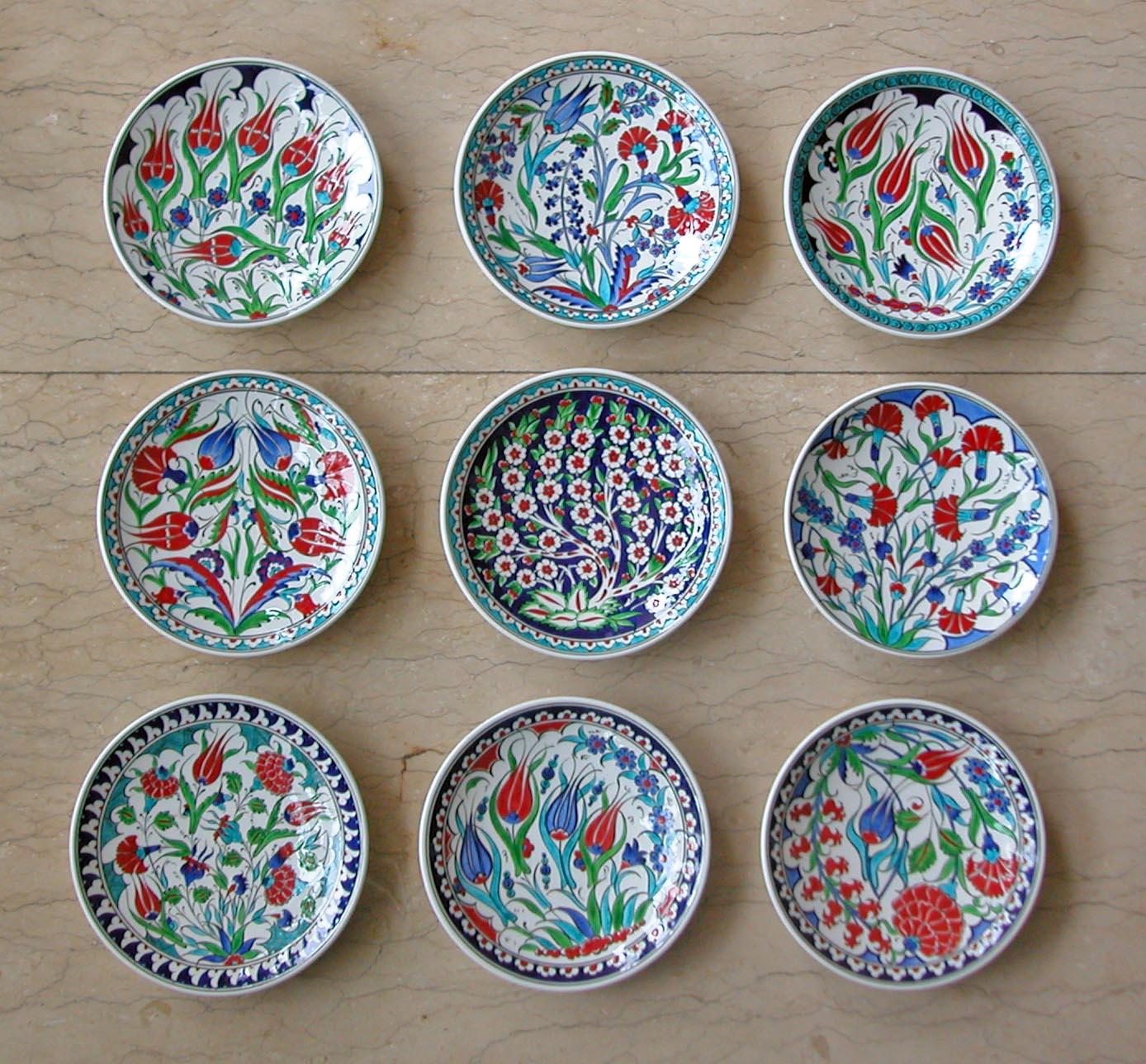 Klasik Çini Tabak Desenleri Duvara Asmalı Dekoratif Tabaklar  Klasik Desen Samur Fırça iznik ve Kütahya çini Tabak Çini sanatı örnekleri