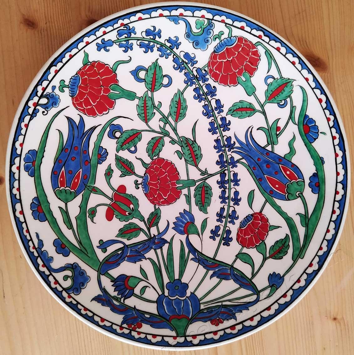16. Yüzyıl Geleneksel Osmanlı Çini Sanatımız İznik Çini Tabak