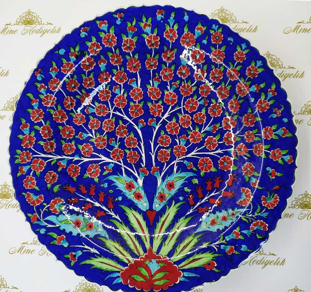 Mavi Zeminli Hayat Ağacı Desenli 40cm Çini Tabak Özel el yapımı samur fırça klasik çiniler kırmızı pençli papatya çini Çini sanatı örnekleri
