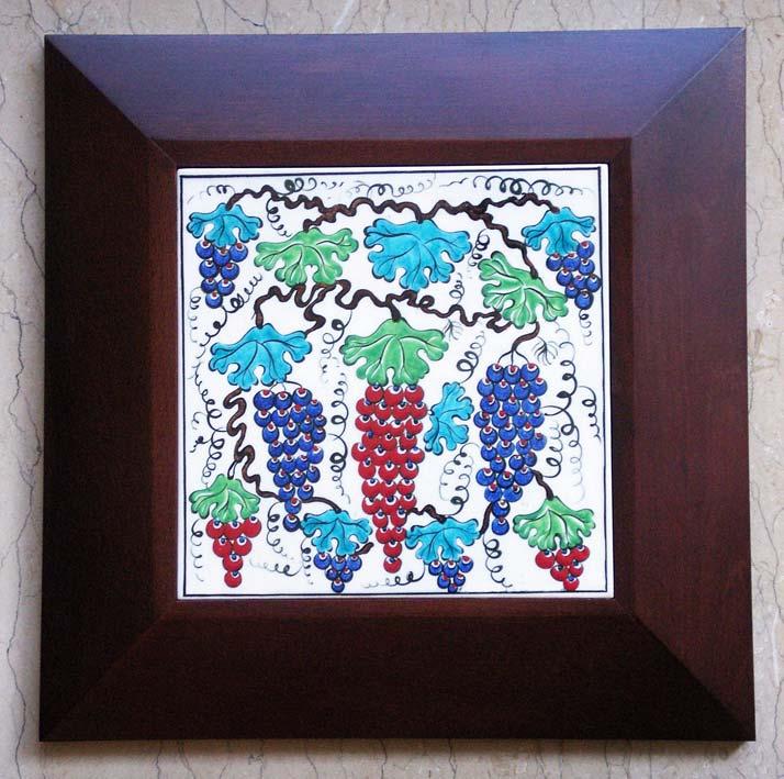 Klasik İznik üzüm desenli ve  motifli hediyelik çini panolar ve çini Tablolar