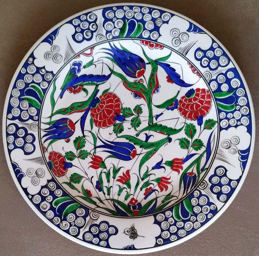 16. Yüzyıl Osmanlı Replika Desenli Dekal Logolu Çini Tabaklar
