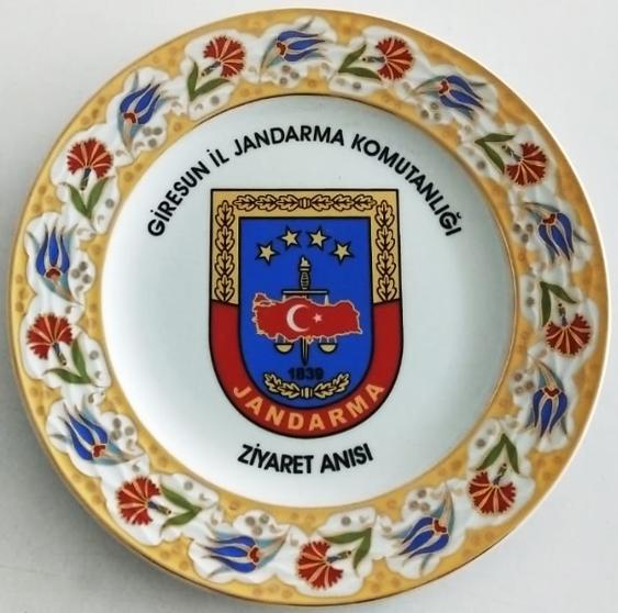 25 cm Porselen Plaket Tabaklar Giresun İl Jandarma Komutanlığı Anısı