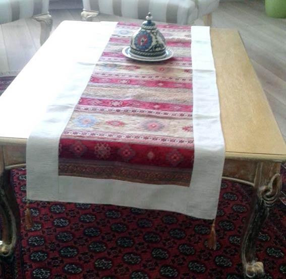 En Güzel Günleriniz İçin Dekoratif Ranır Masa Örtüleri
